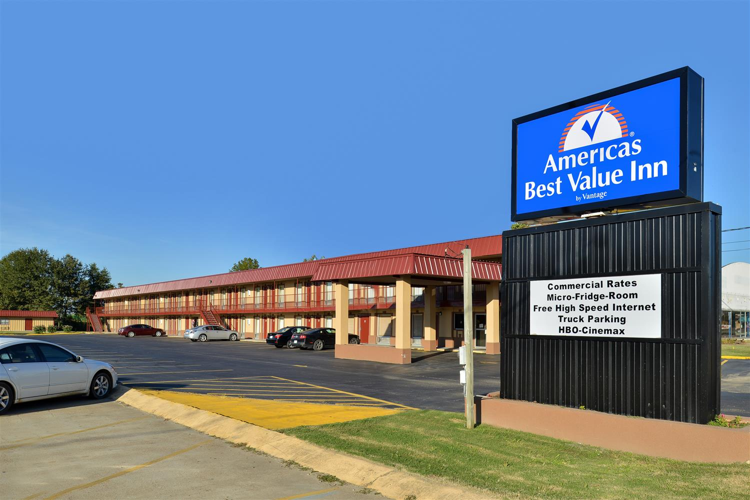 Exterior view - Americas Best Value Inn Indianola