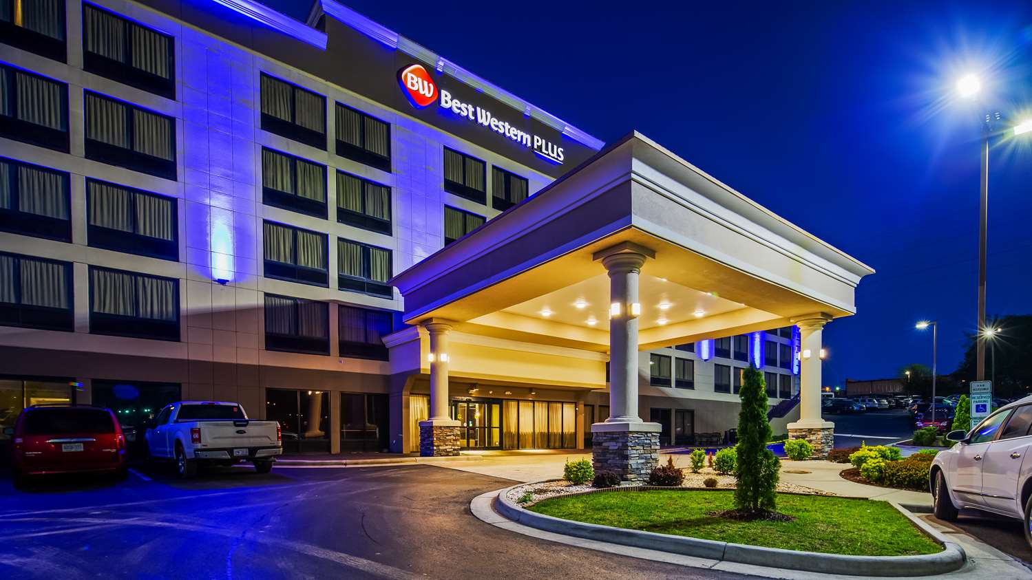 Exterior view - Best Western Plus Hanes Mall Hotel