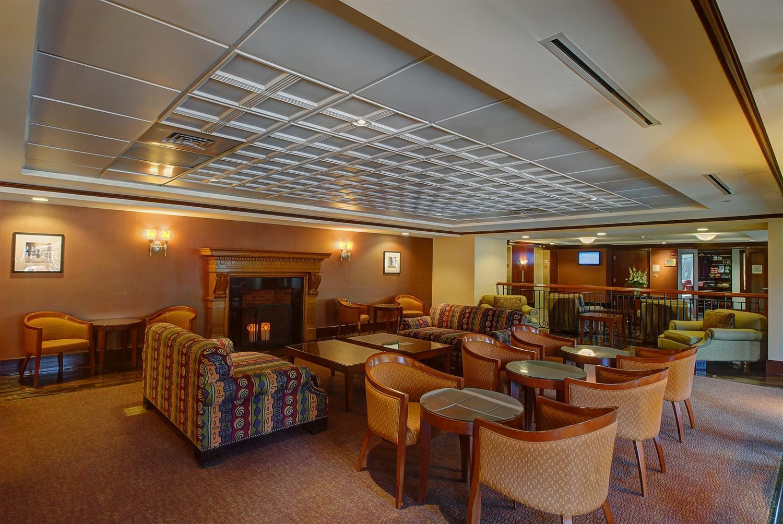 Bar - Southbridge Hotel & Conference Center