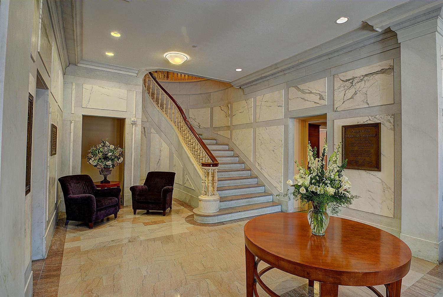 Lobby - Southbridge Hotel & Conference Center