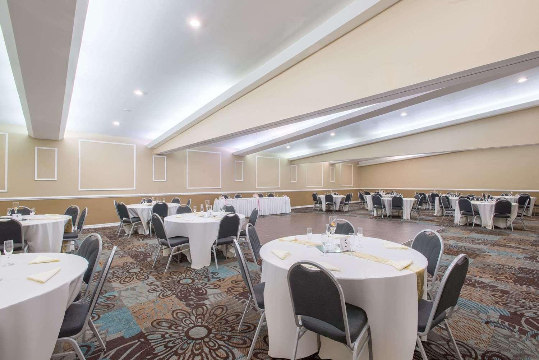 Ballroom - Ramada Inn Whitehall