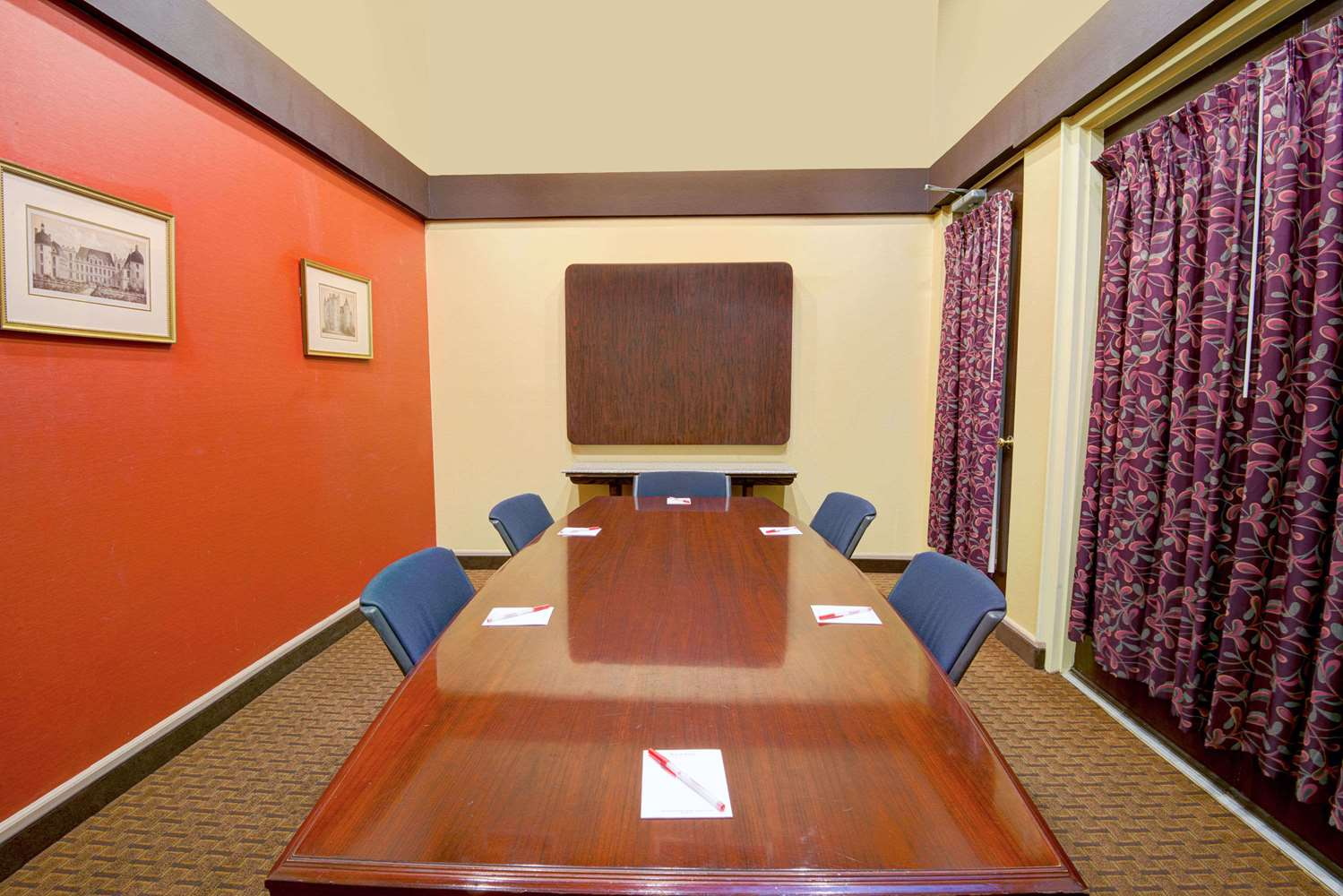 Meeting Facilities - Ramada Suites El Paso