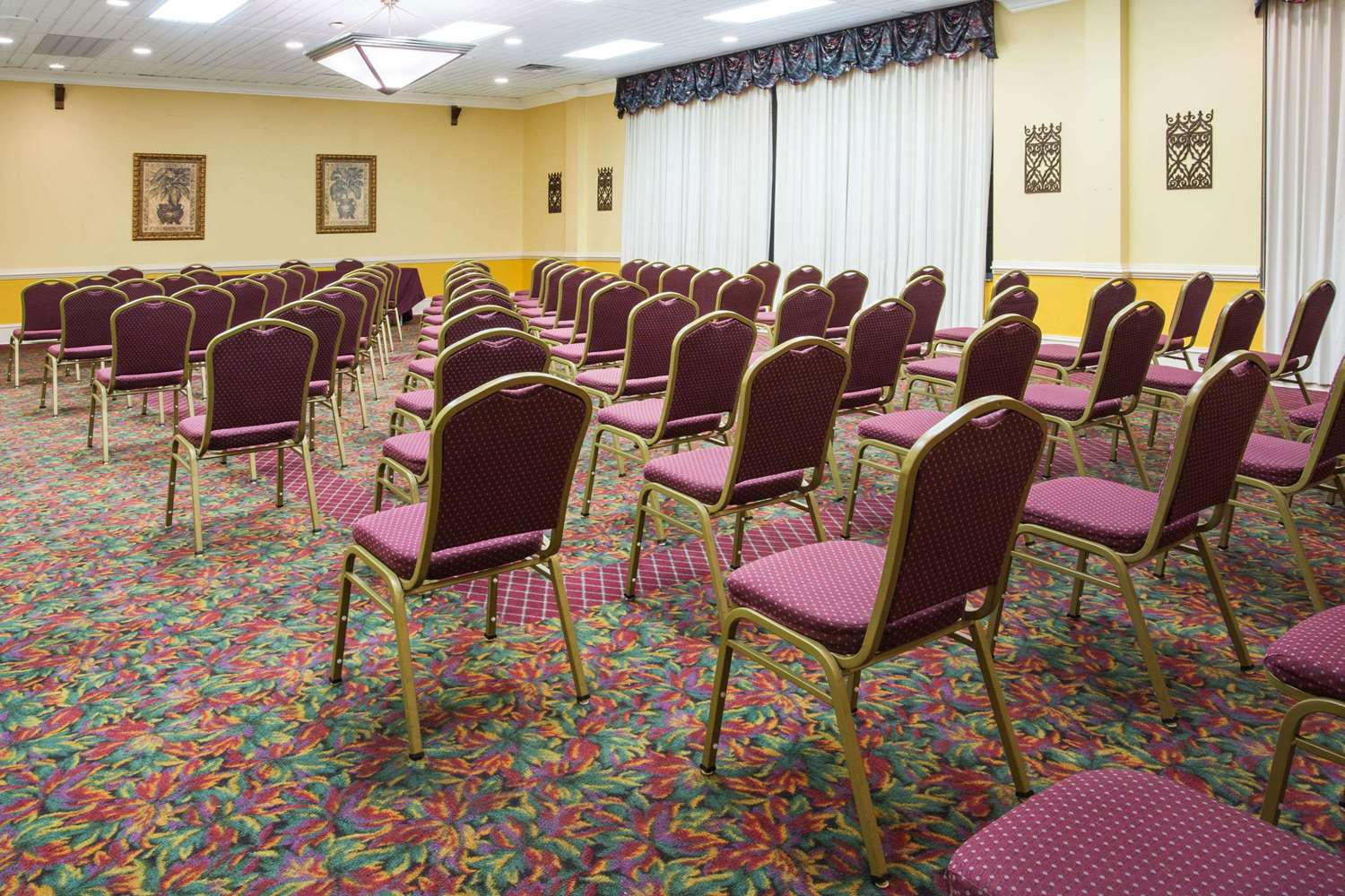 Meeting Facilities - Ramada Inn Wytheville
