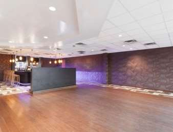 Bar - Ramada Inn Newburgh