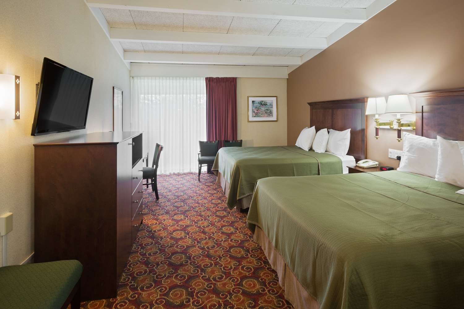 Room - Howard Johnson Hotel Toms River