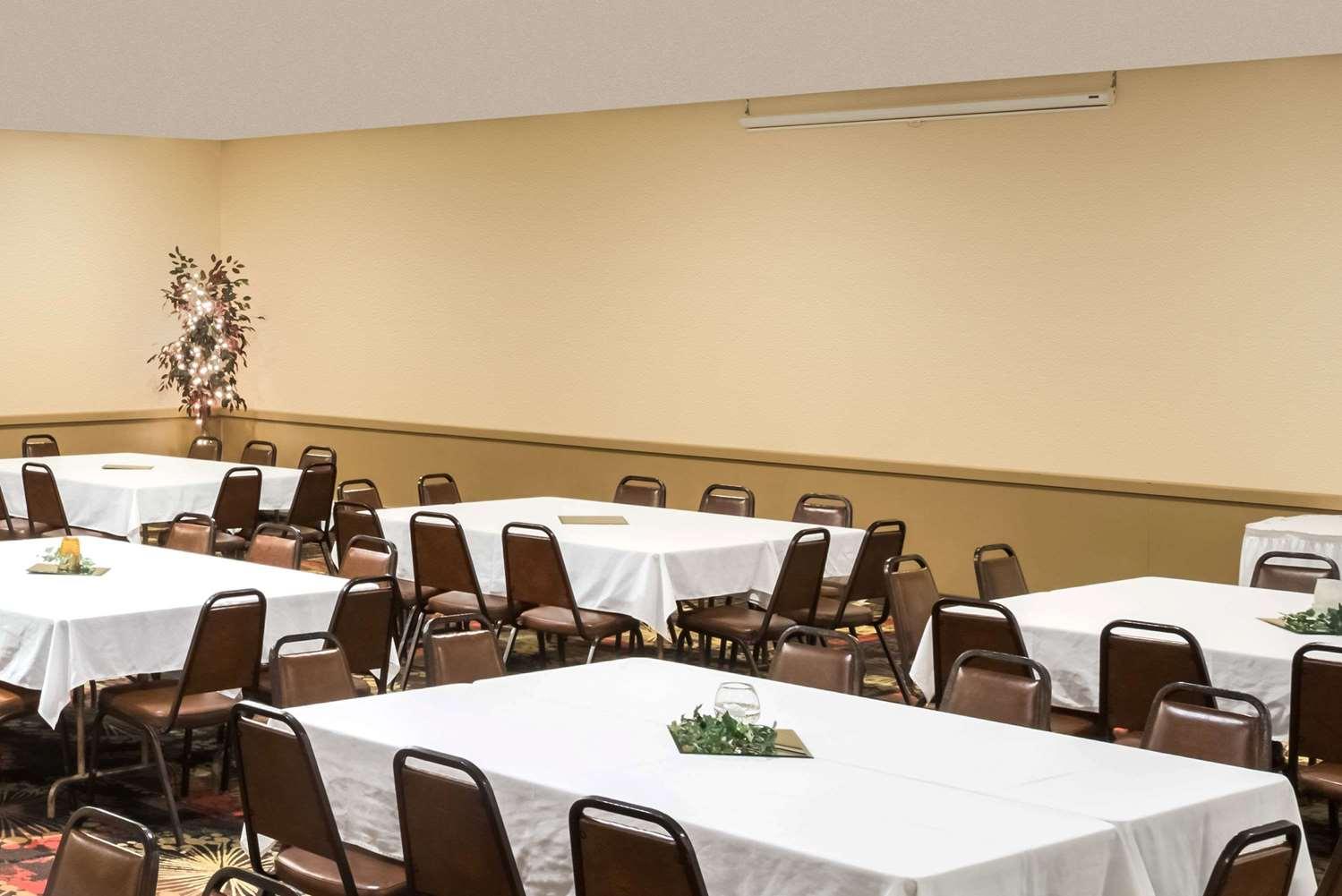 Meeting Facilities - Ramada Inn Grand Forks