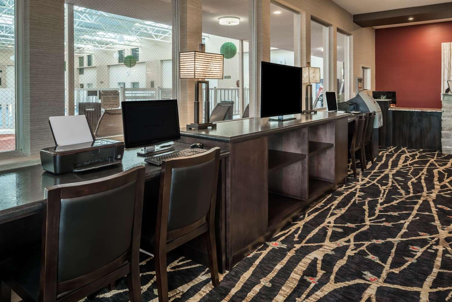 Conference Area - Ramada Inn Grand Forks