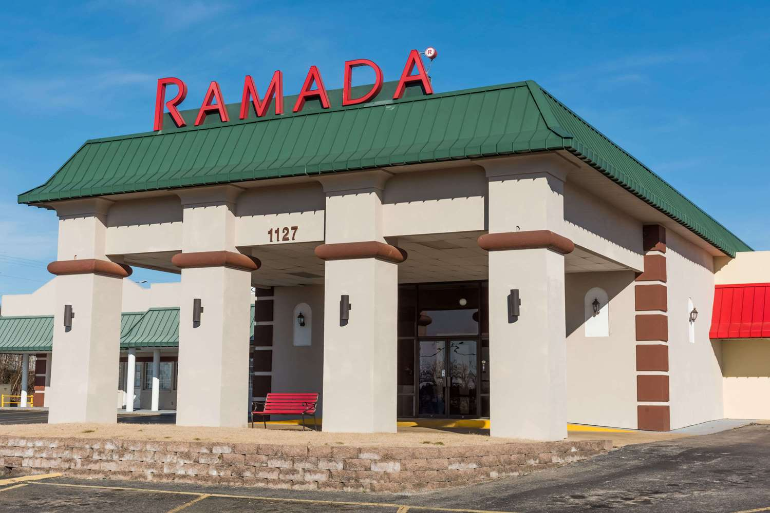 ramada inn mountain home ar see discounts. Black Bedroom Furniture Sets. Home Design Ideas