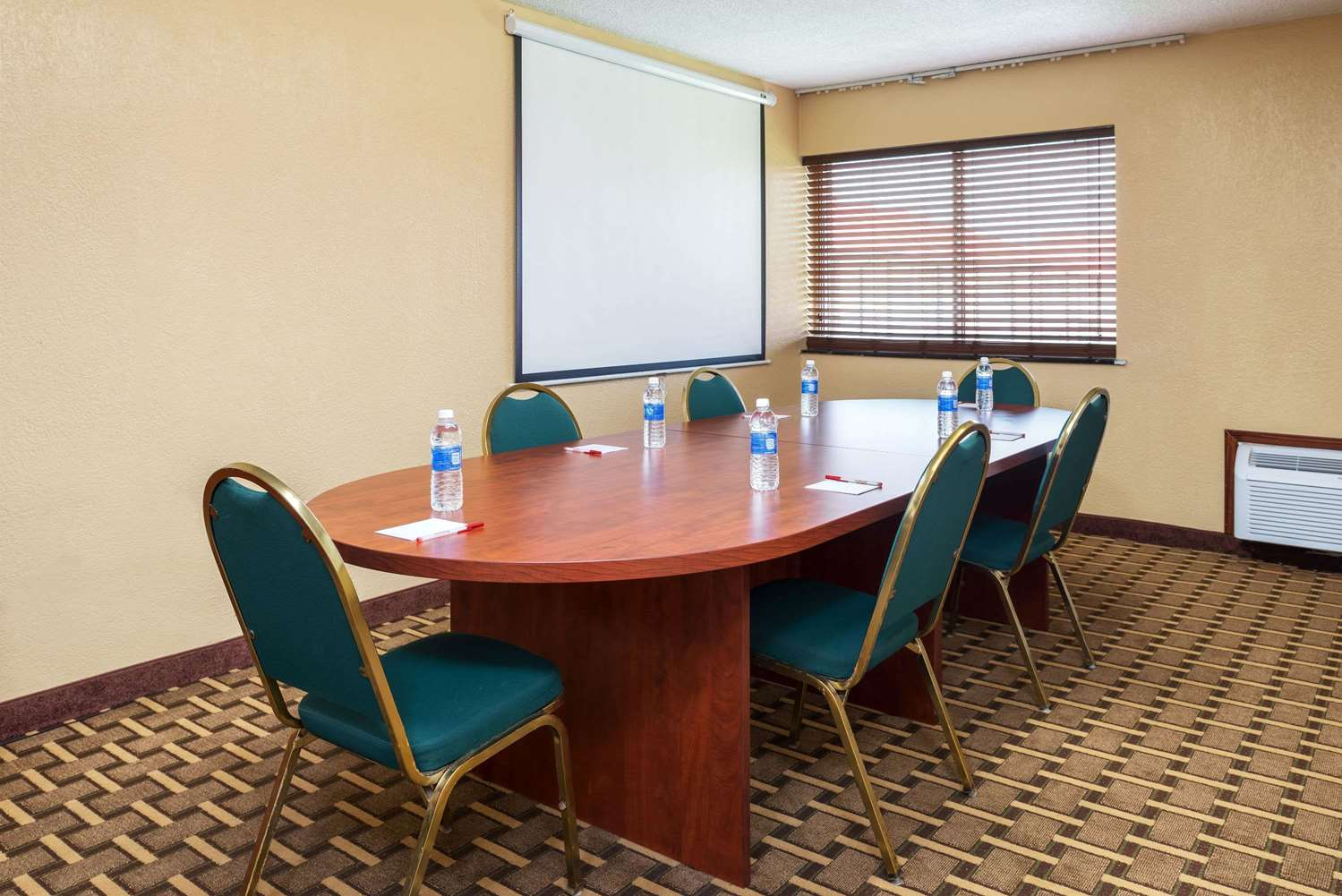 Meeting Facilities - Ramada Inn Bowling Green