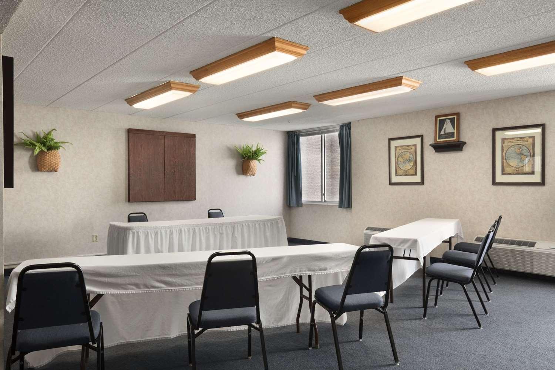 Meeting Facilities - Ramada Inn Bangor