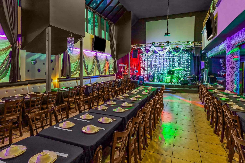 ... Bar   Ramada Plaza Hotel Garden Grove