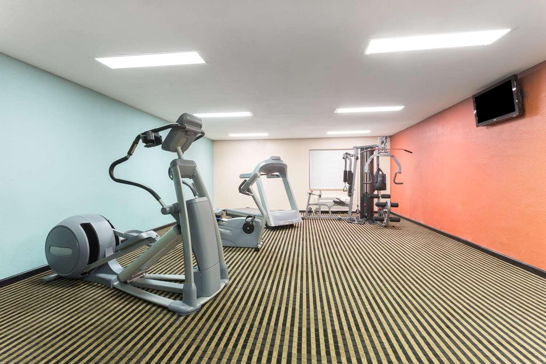 Fitness/ Exercise Room - Baymont Inn & Suites Port Arthur