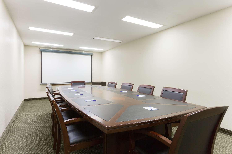 Meeting Facilities - Baymont Inn & Suites Port Arthur