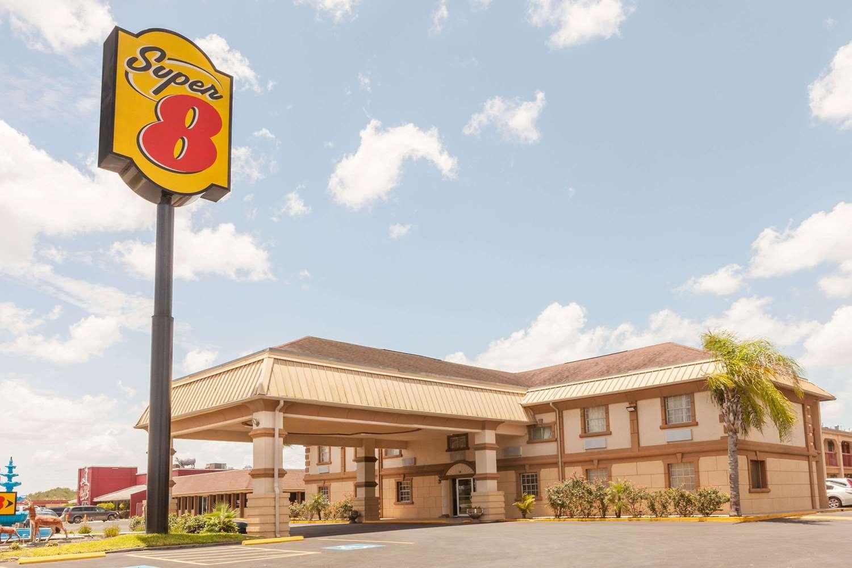 Exterior view - Super 8 Hotel Kingsville