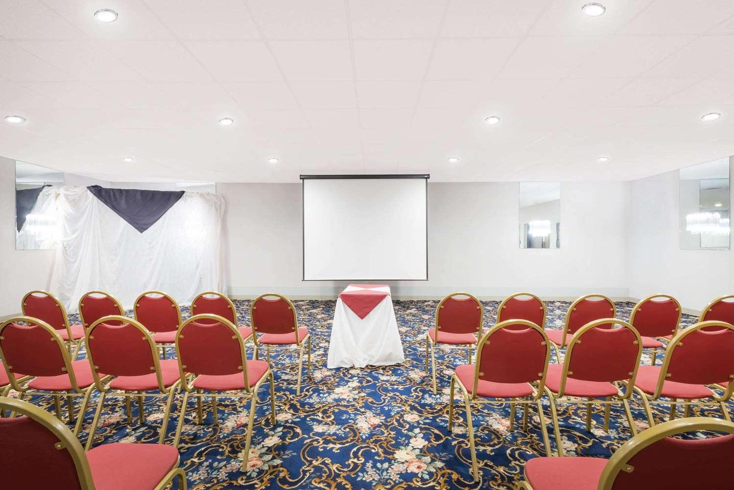 Meeting Facilities - Ramada Hotel Watertown