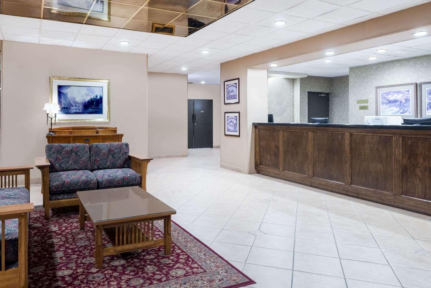 Lobby - Ramada Hotel Watertown