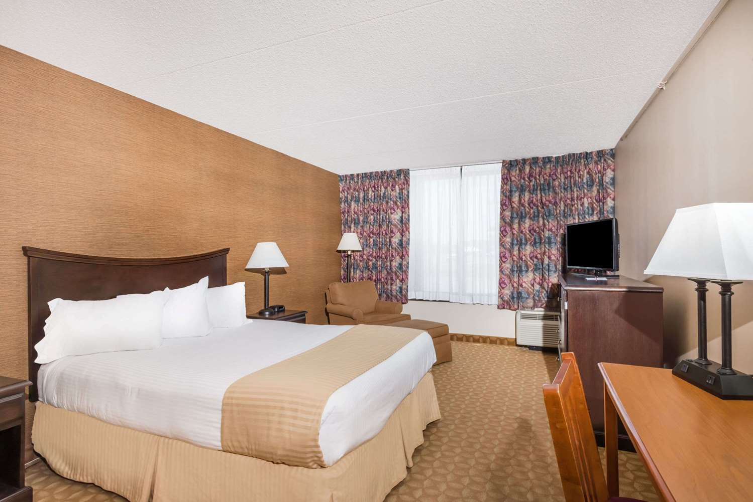 Room - Ramada Hotel Watertown