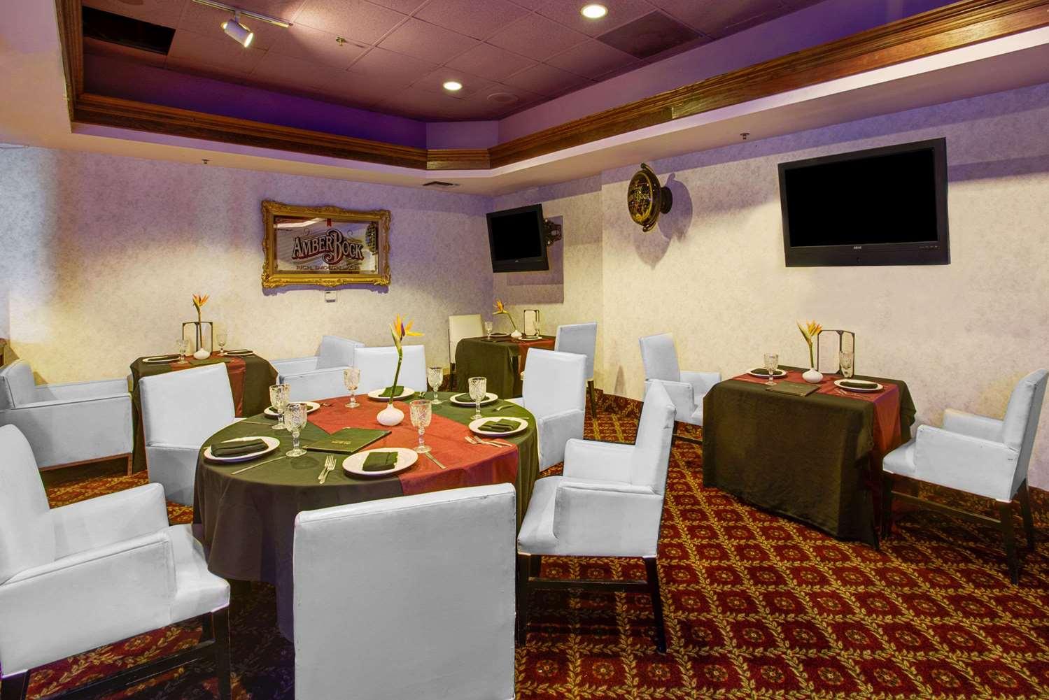 proam - Ramada Plaza Hotel Hawthorne