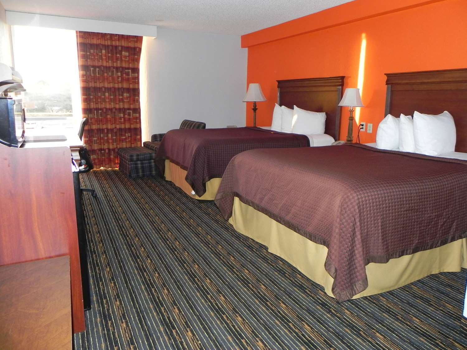 Room - Howard Johnson Inn Lexington