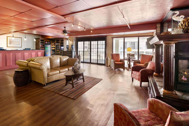 Lobby - Howard Johnson Oceanfront Hotel Ocean City