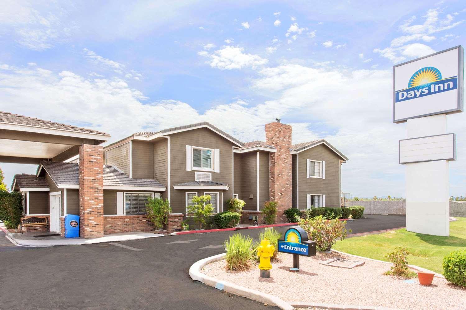 Exterior view - Days Inn Mesa East