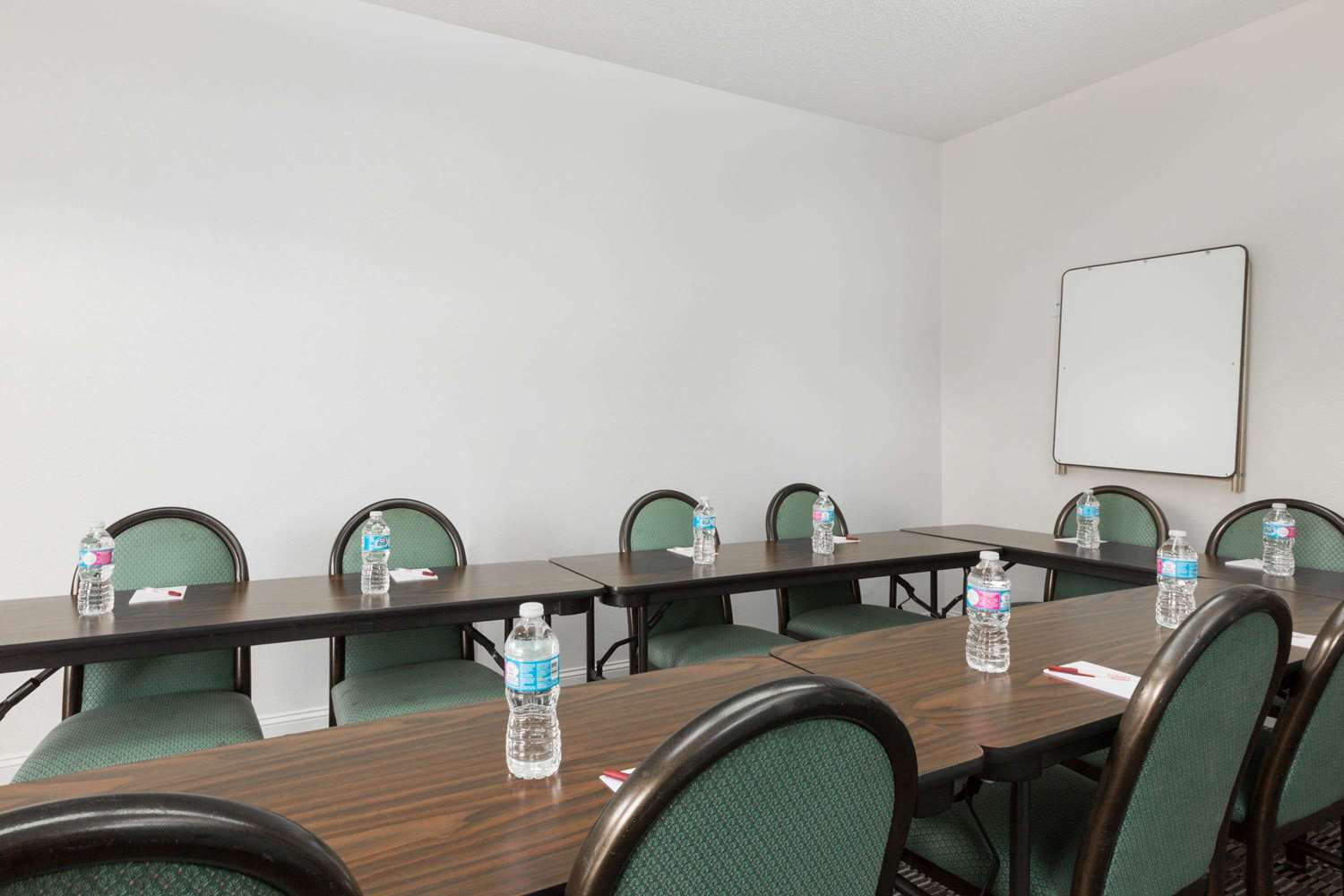 Meeting Facilities - Ramada Hotel Pelham