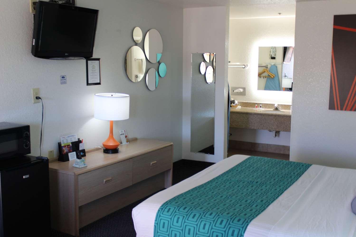 Room - Howard Johnson Hotel Holbrook