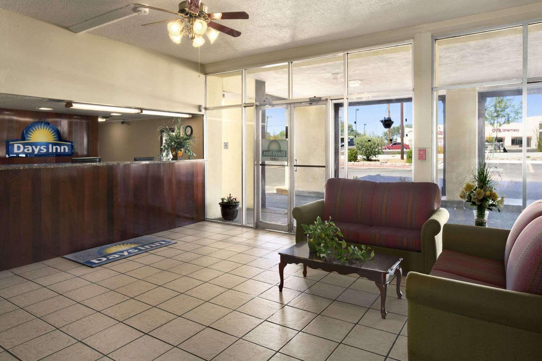 Lobby - Days Inn Santa Fe