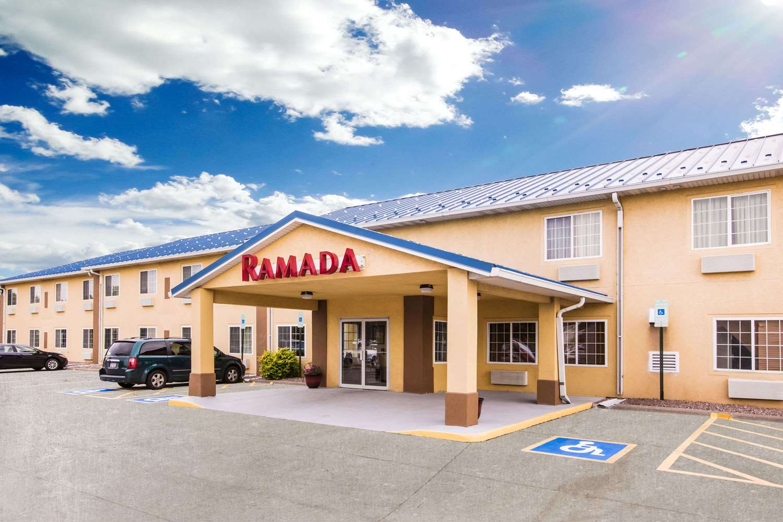 Exterior view - Ramada Hotel Sioux Falls