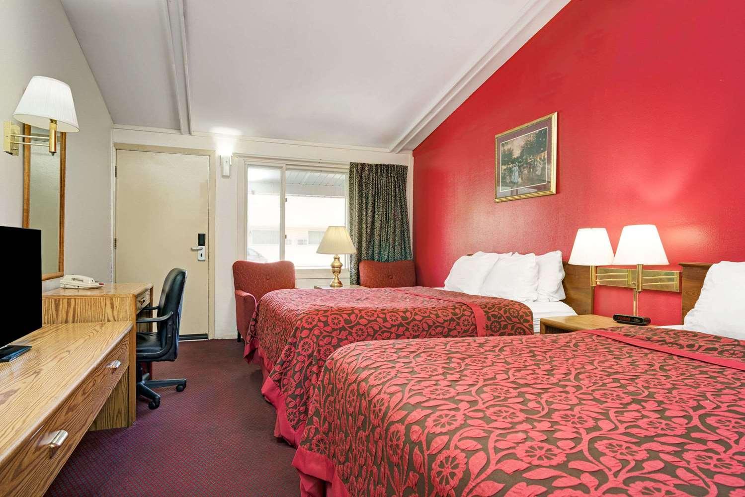 Room - Days Inn Red Wing