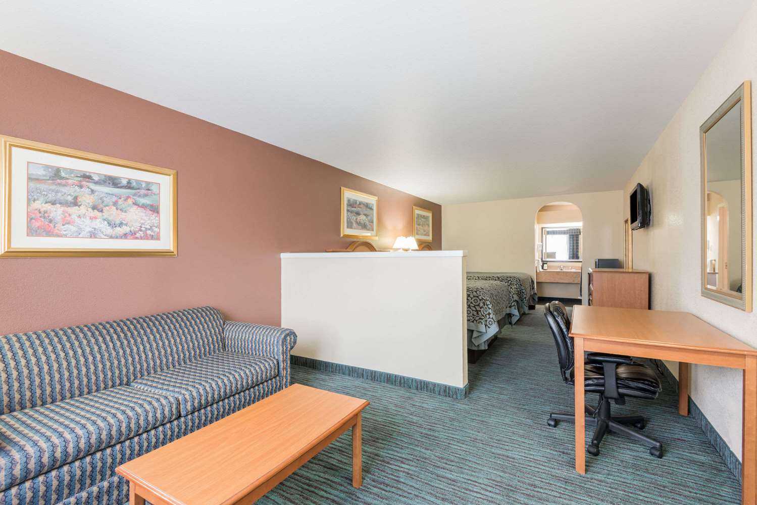 Suite - Days Inn New Braunfels