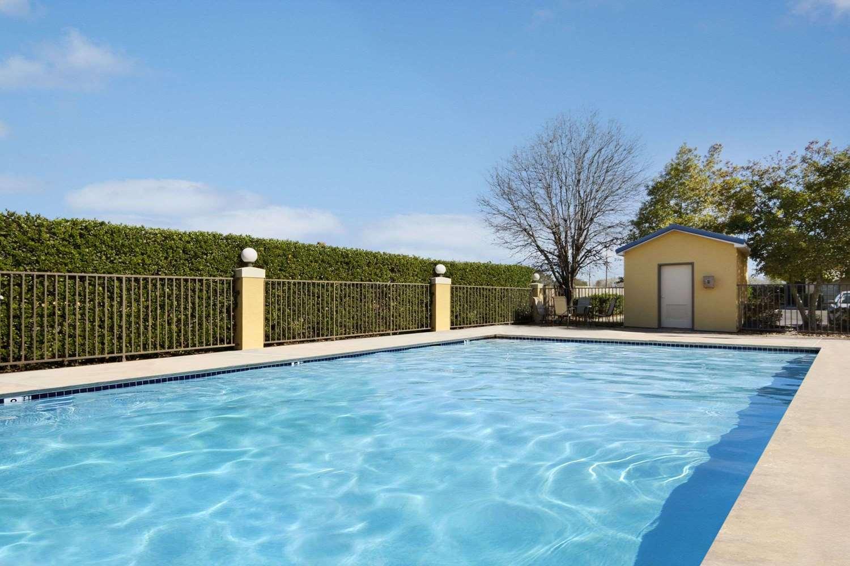 Pool - Super 8 Hotel Monroe