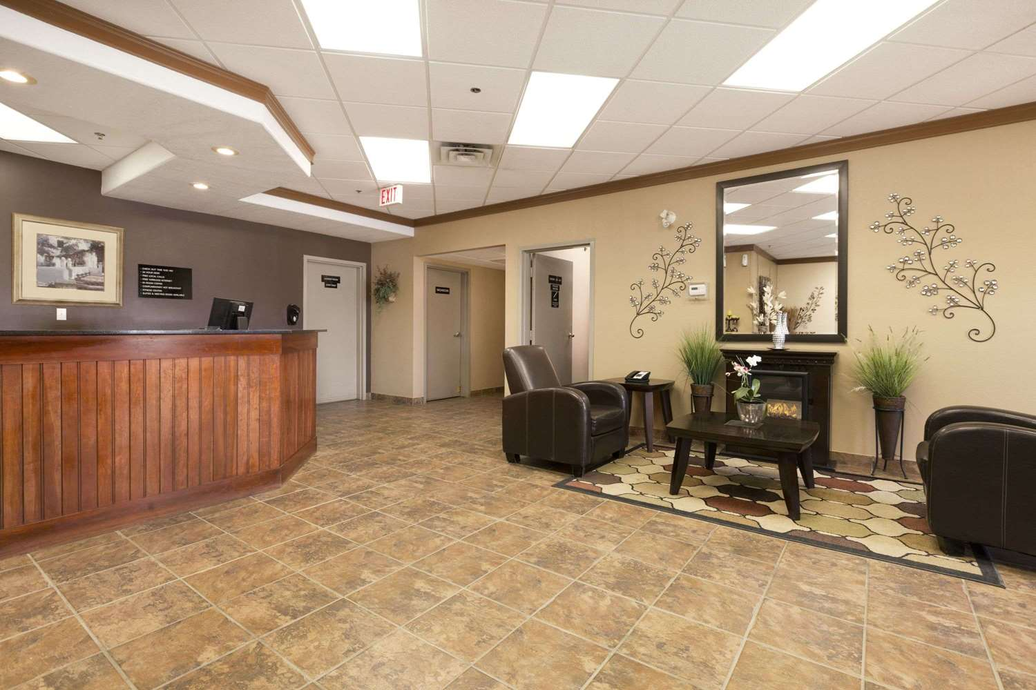 Lobby - Super 8 Hotel Drayton Valley