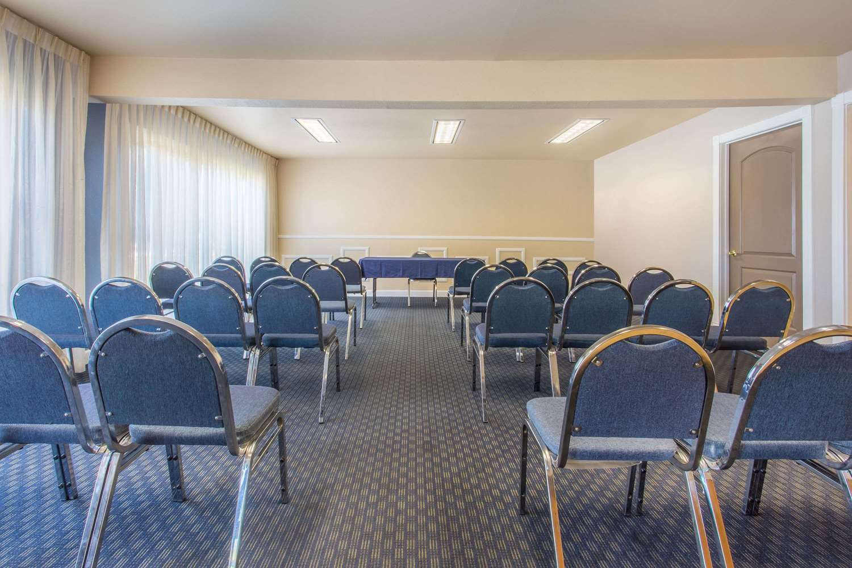 Meeting Facilities - Days Inn Modesto