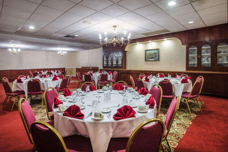 Ballroom - Ramada Inn at Historic Ligonier