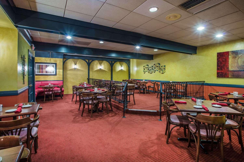 Restaurant - Ramada Inn at Historic Ligonier