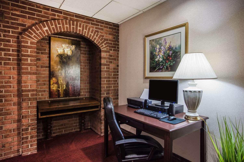 Conference Area - Ramada Inn at Historic Ligonier