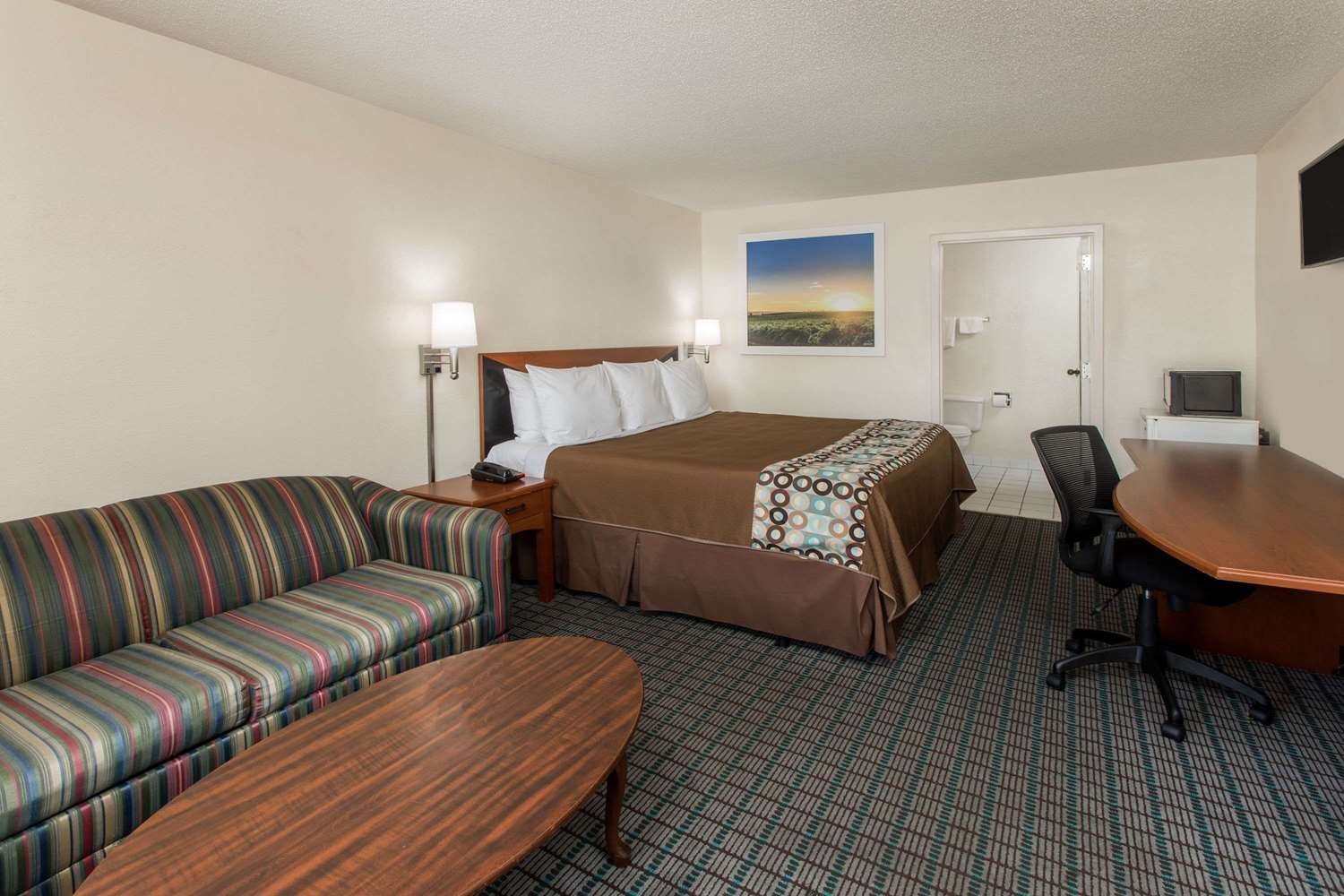 Suite - Days Inn Dillon