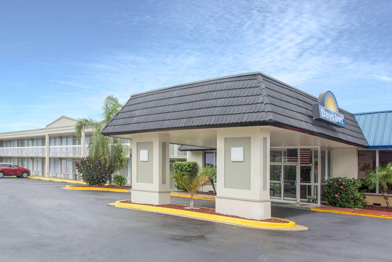 Exterior view - Days Inn Titusville