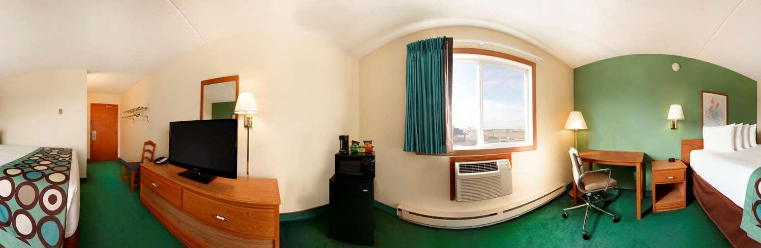 Room - Super 8 Hotel Main Avenue West Fargo