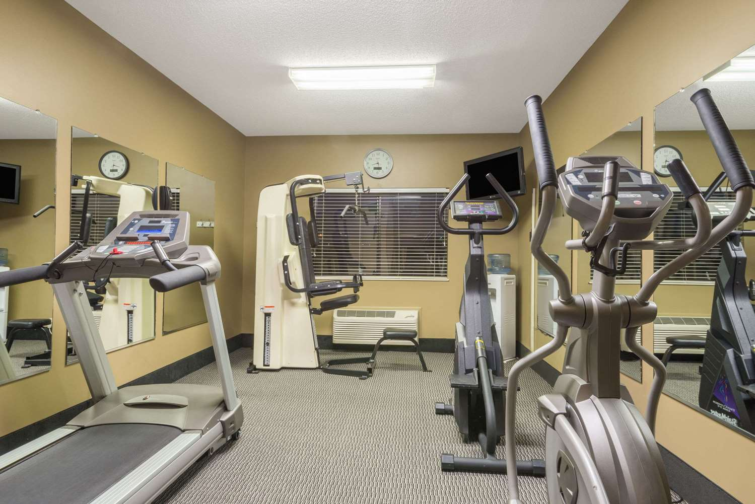 Fitness/ Exercise Room - Ramada Limited Hotel Catlettsburg
