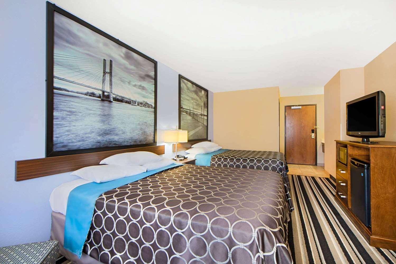 Room - Super 8 Hotel Fairfield