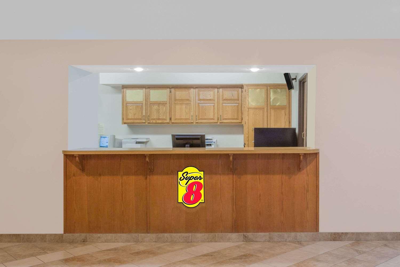 Lobby - Super 8 Hotel Winnemucca