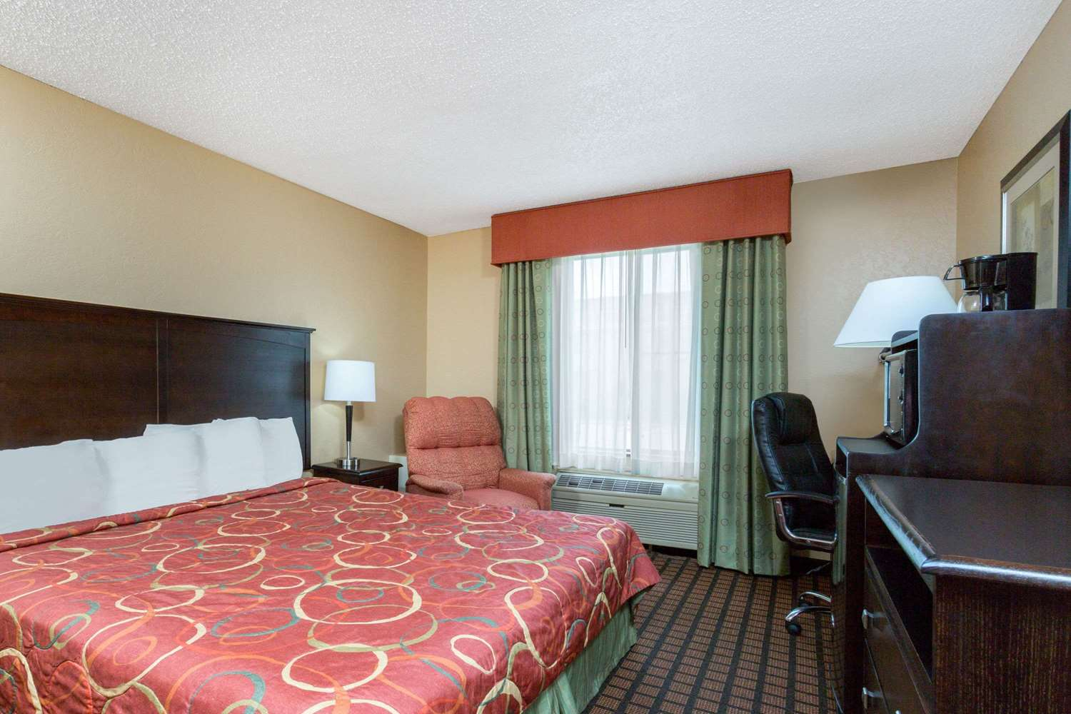 Room - Super 8 Hotel Texarkana
