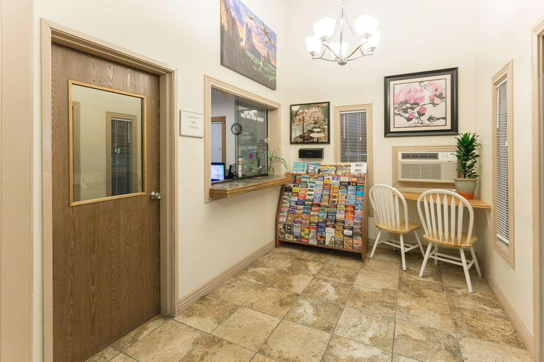 Lobby - Super 8 Hotel Peterson AFB Colorado Springs
