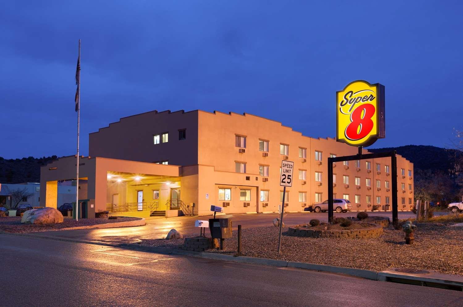 Exterior view - Super 8 Hotel Durango