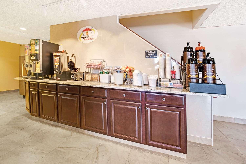 proam - Super 8 Hotel Del Camino Longmont