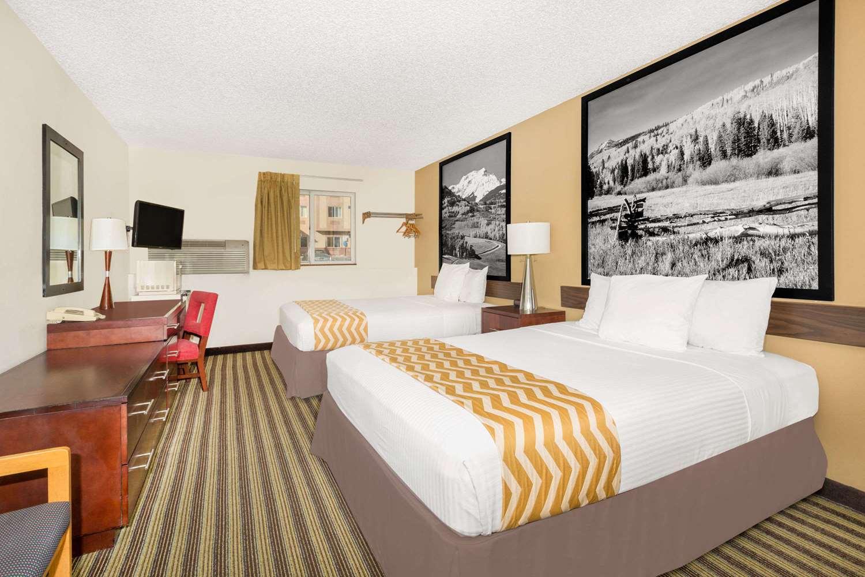 Suite - Travelodge Fort Collins Loveland
