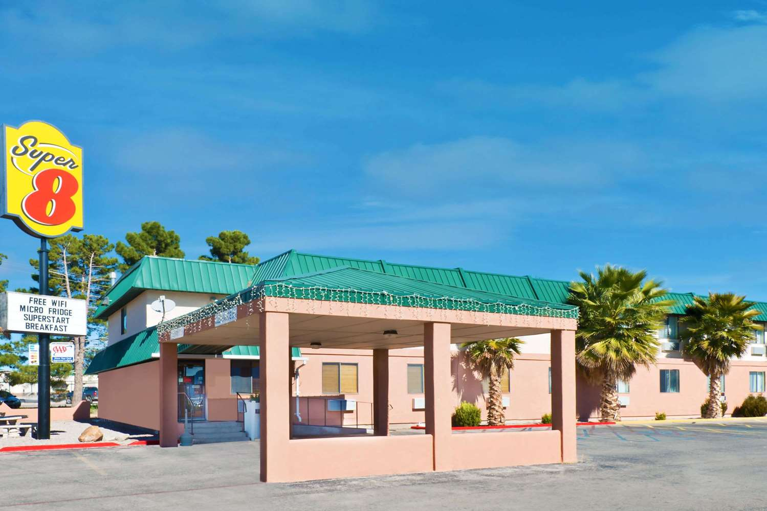 Exterior view - Super 8 Hotel Alamogordo