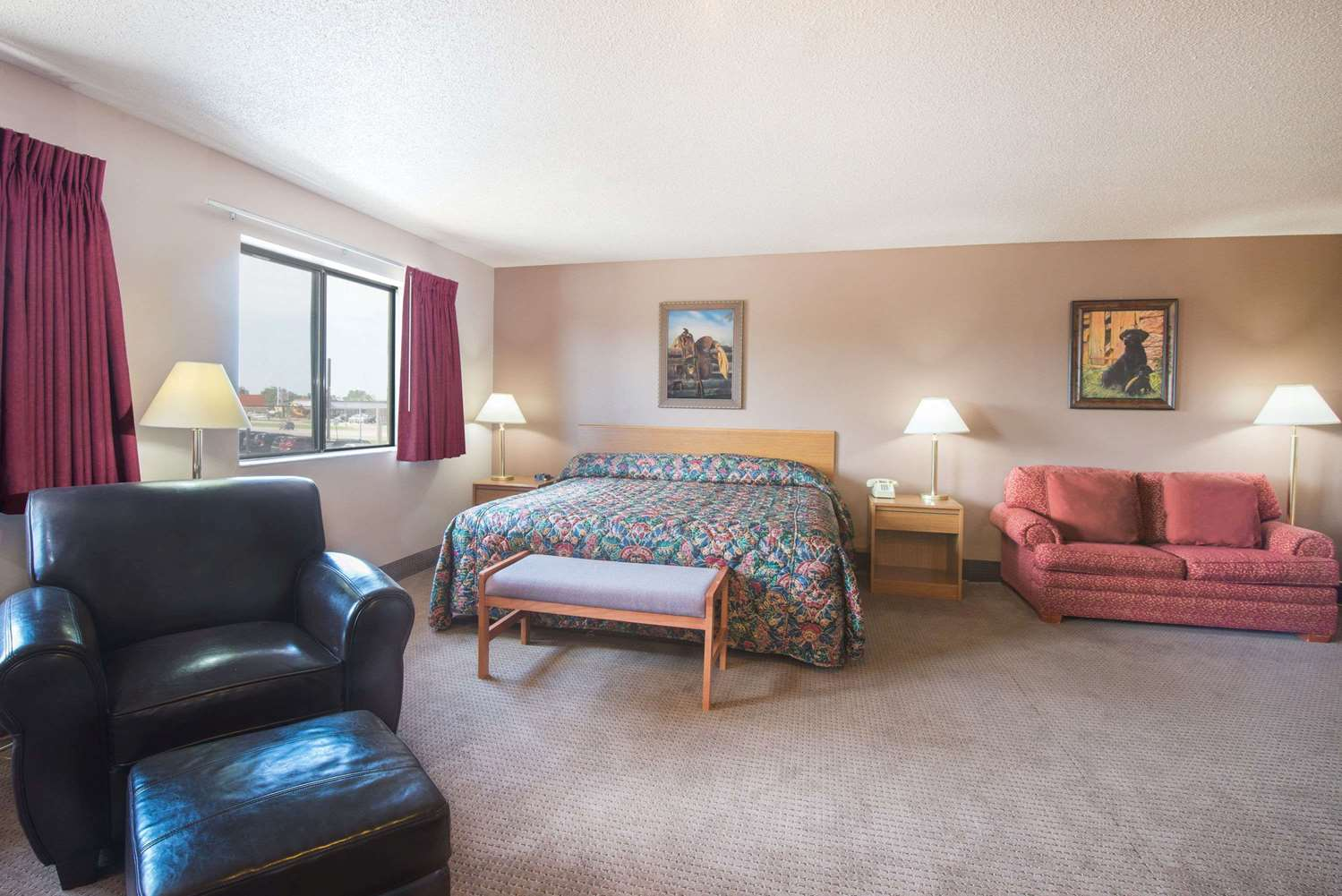 Suite - Super 8 Hotel Abilene
